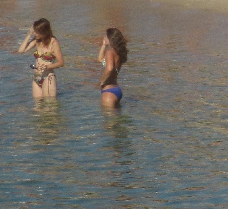 Chicas en el agua