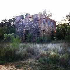 #photoshopexpress #abandoned and decaying build in Lytle, TX