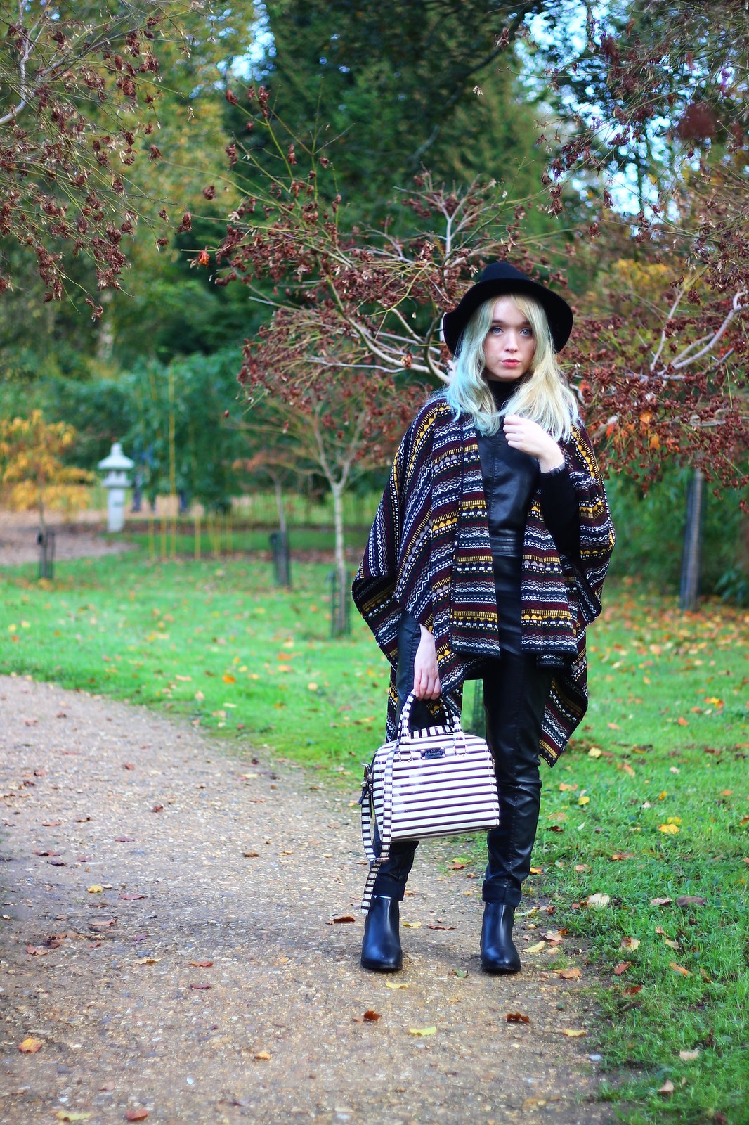 3britfash, fashion_blogger_style, blanket_coat, aztec_print, topshop, kate_spade, britfash