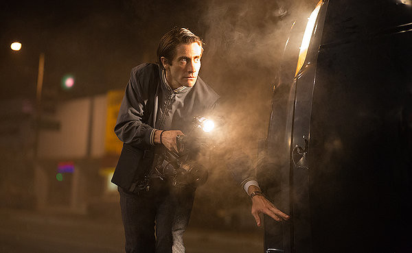 Jake Gyllenhaal is an awkward and ambitious psycho in NIGHTCRAWLER.