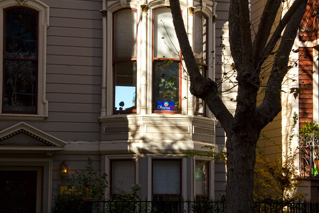 Obama '08 sign in the window.  San Francisco (2010)