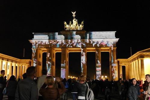 Brandenburger Tor: 25 Jahre Fall der Berliner Mauer