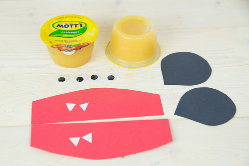 Applesauce Monster Halloween Treats