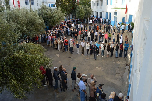 Voters line up in La Marsa. Photo: Louis Bonhoure, Tunisia Live