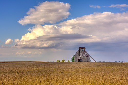 barn rural geotagged illinois places geo oldbarn 2014