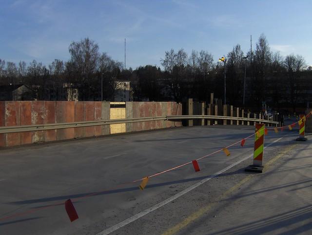 Hämeenlinnan moottoritiekate ja Goodman-kauppakeskus: Työmaatilanne 22.4.2012 - kuva 6