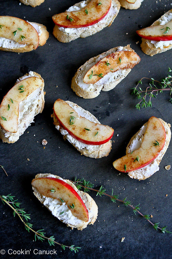 Cinnamon Apple and Goat Cheese Crostini...Sometimes the simplest recipes are the best! Only 44 calories and 1 Weight Watchers SmartPoint per crostini.