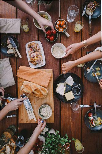 Au menu pour ton prochain souper entre amis le cahier for Souper simple entre amis