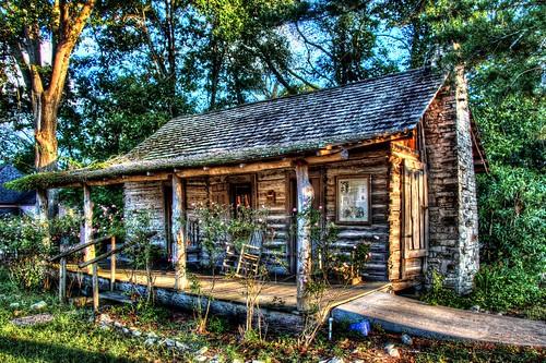 sunset roses history cabin fireplace texas historichome rockingchair hdr historichomes historicplaces t4i timegoneby historictexas historiccabin jamesjenkins livingstontx jamesjenkinsderidder