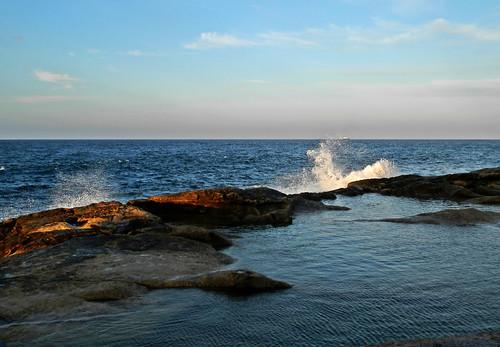 sea rocks mare waves malta onde valletta scogli scogliera