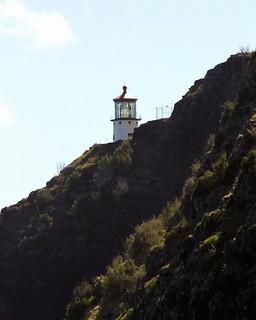 Image of Makapuu Point Lighthouse near Waimānalo Beach. light lighthouse house point island hawaii oahu head crater hi honolulu hnl makapuu konomark