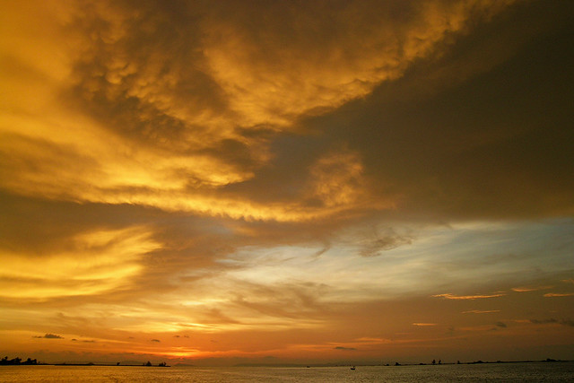 Photo:Sihanoukville - William Turner Sky By:Drriss &#038; <div class=