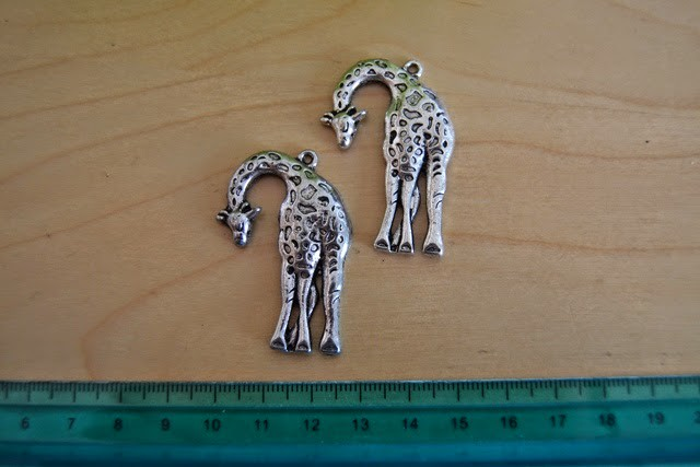 charms giraffe