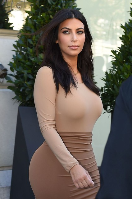 kim-kardashian-style-out-in-paris-september-2014_1
