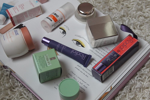 hautpflege-im-herbst-beauty-routine-fashionblog-clarins-clinique