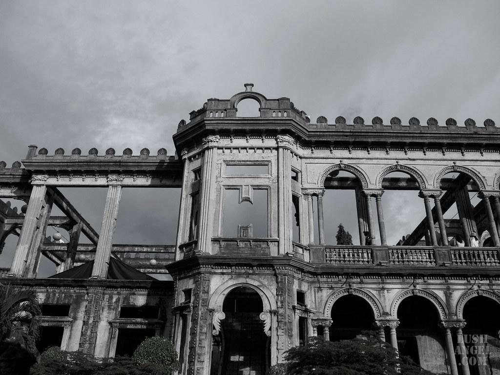 bacolod-ruins-bw