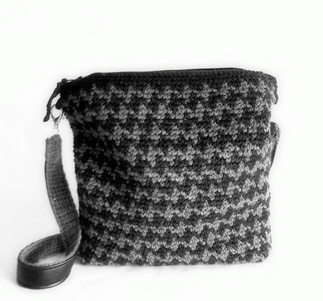 jacquard crochet bag