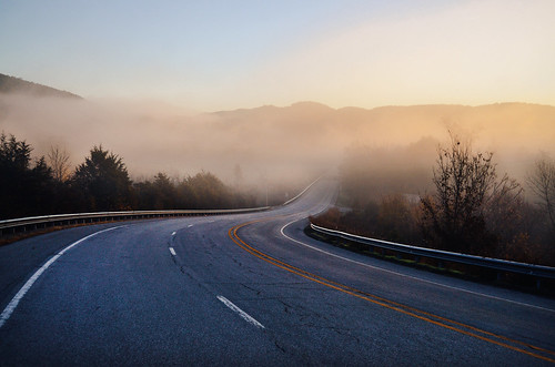road light mist color fog sunrise haze highway mountainview arkansas ozarks ozark hwy14 jeffrose jeffrosephotography