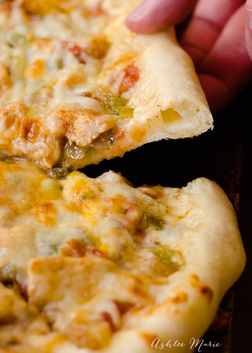 chicken fajita pizza with stuffed crust