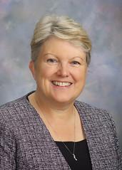 Linda Farr