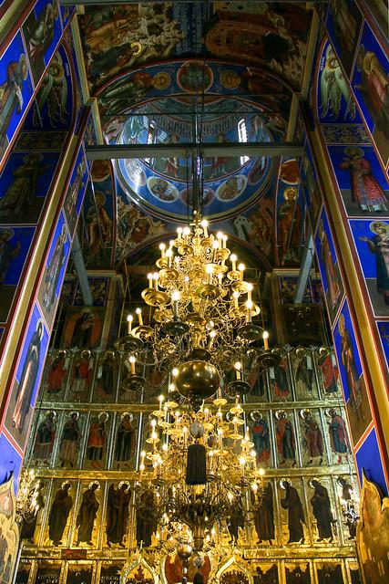 Iconostasis in Cathedral of the Nativity, Suzdal スズダリ、ラジヂェストヴェンスキー聖堂のイコノスタス