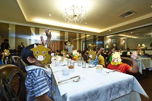 高雄新國際西餐廳 小朋友的西餐禮儀教學活動 (1)