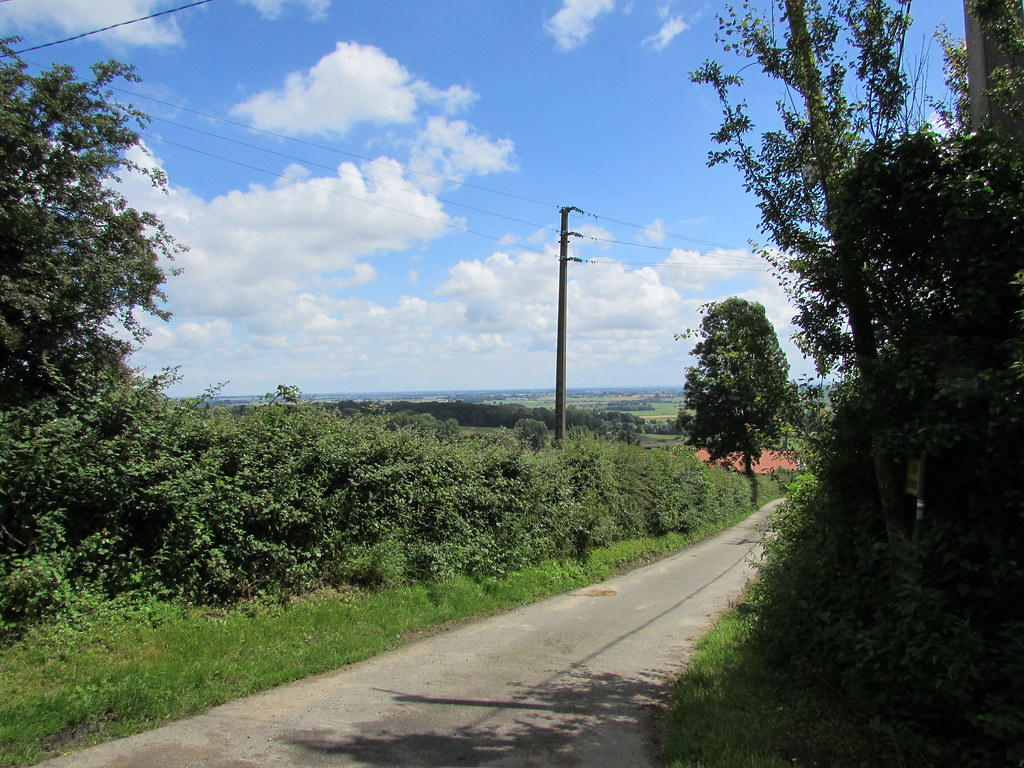 Bavinchove: The road to Cassel (Nord)