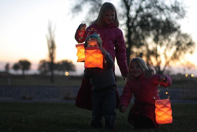 lantern walk 2014