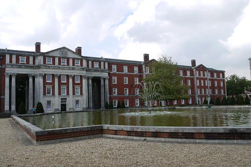 Peninsular Barracks