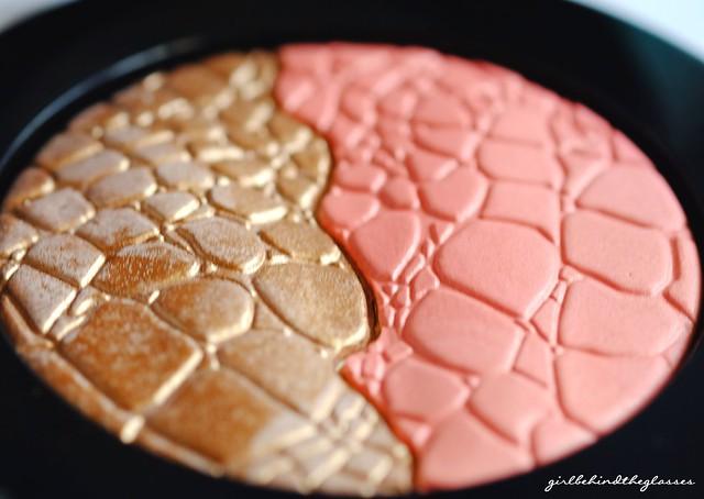 Sonia Kashuk Chic Luminosity Bronzer Blush Duo Glisten2