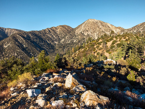 nature landscape outdoors view hiking socal southerncalifornia hps sangabrielmountains sanbernardinonationalforest icehousecanyon cucamongawilderness hundredpeakssection mountbaldyvillage