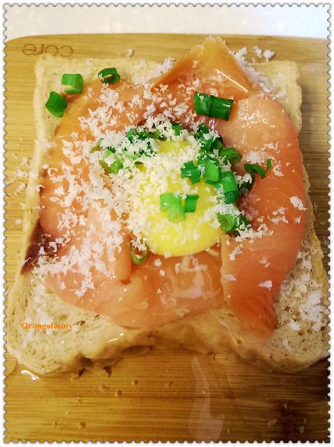 141017 煙燻鮭魚蛋烤三明治-01
