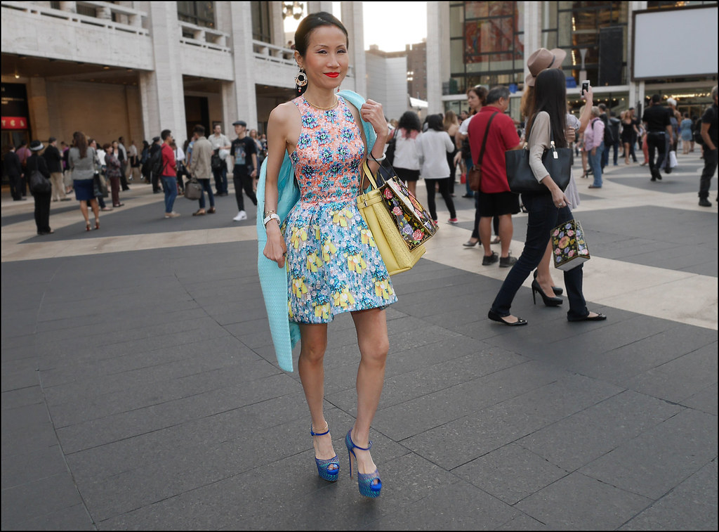 FW9-14  63w flower print dress light blue coat yellow bag blue platform heels