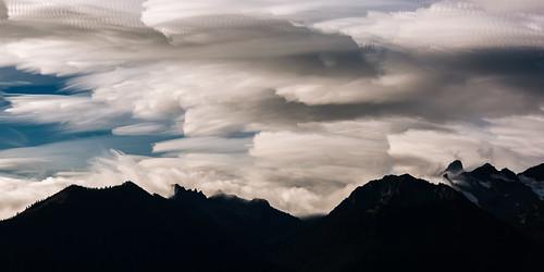 motion mountains clouds landscape movement scenic pacificnorthwest washingtonstate canonef2470mmf28lusm mtrainiernationalpark canoneos5dmarkiii timestack johnwestrock