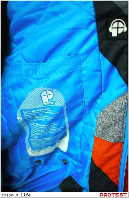 P1580205-011