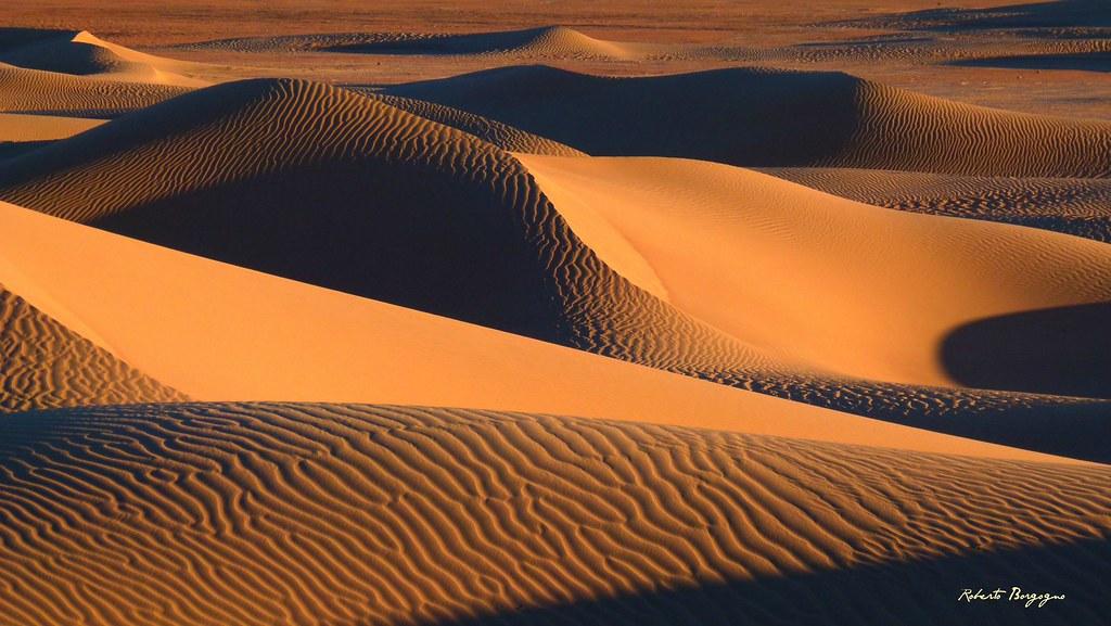 Marocco. Alba sulle Dune di M'Hamid.