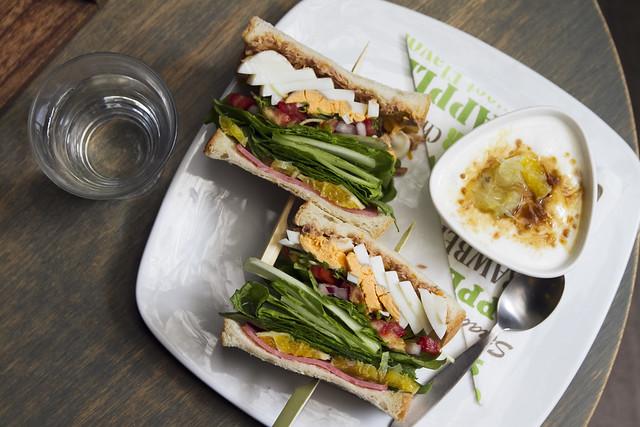Orange-tuna egg sandwich