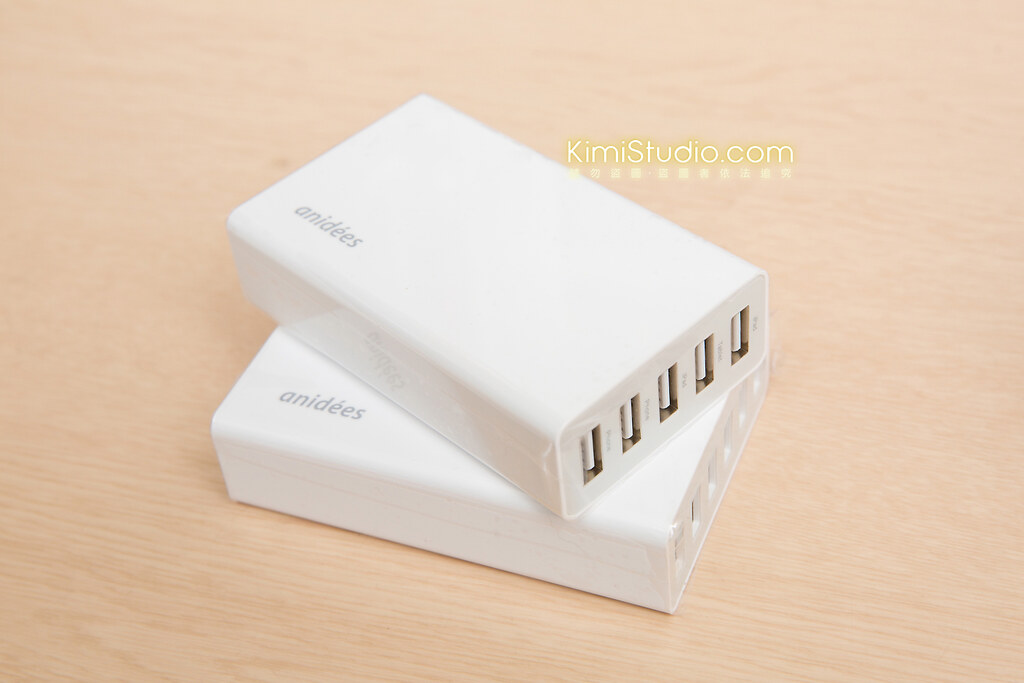 2014 anidees USB 桌上型充電器-010