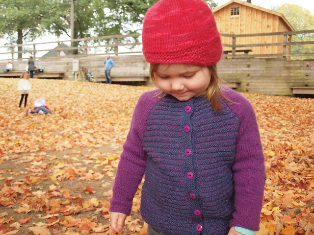 miss M in her handknits on a glorious day at Rhinebeck!