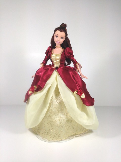 Belle Deluxe Christmas Outfit