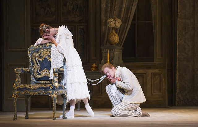 Zenaida Yanowsky and Rupert Pennefather in A Month in the Country © ROH/Tristram Kenton 2014