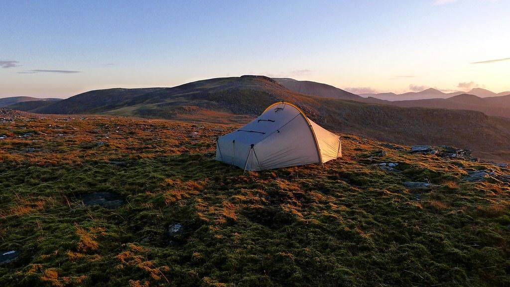 Wild camping below Eididh nan Clach Geala