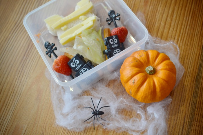 spooky halloween lunches - mummy
