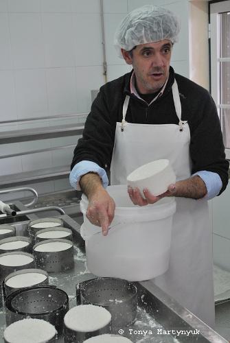 8 - мастер-класс по приготовлению сыра - традиции Португалии