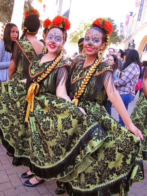 Dia de Los Muertos Girls