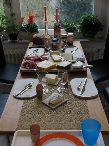Spätes Frühstück zu fünft