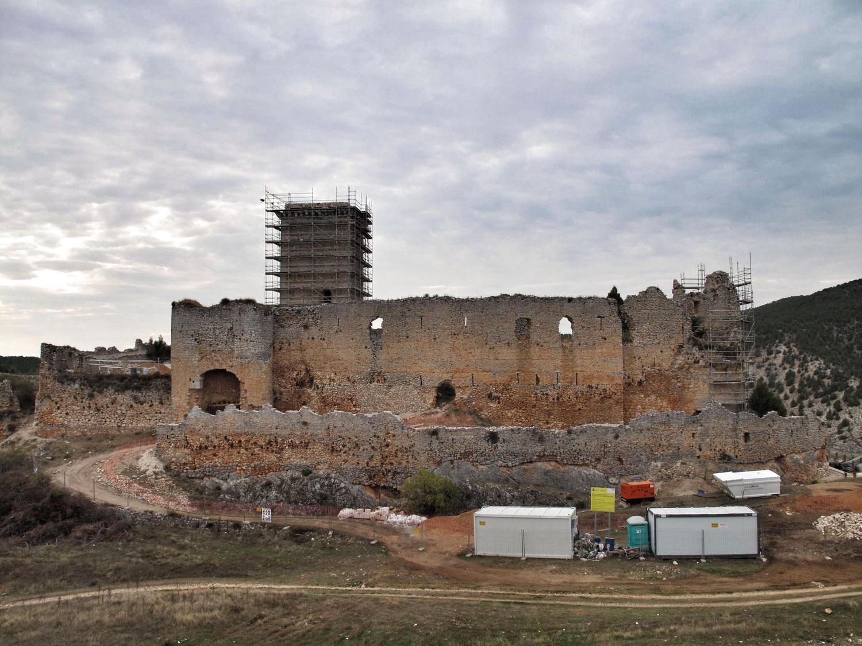 B.A.B ARQUITECTOS_castillo ucero_consolidacion