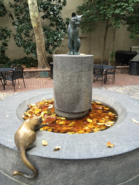 Cat water feature at Betsy Ross House