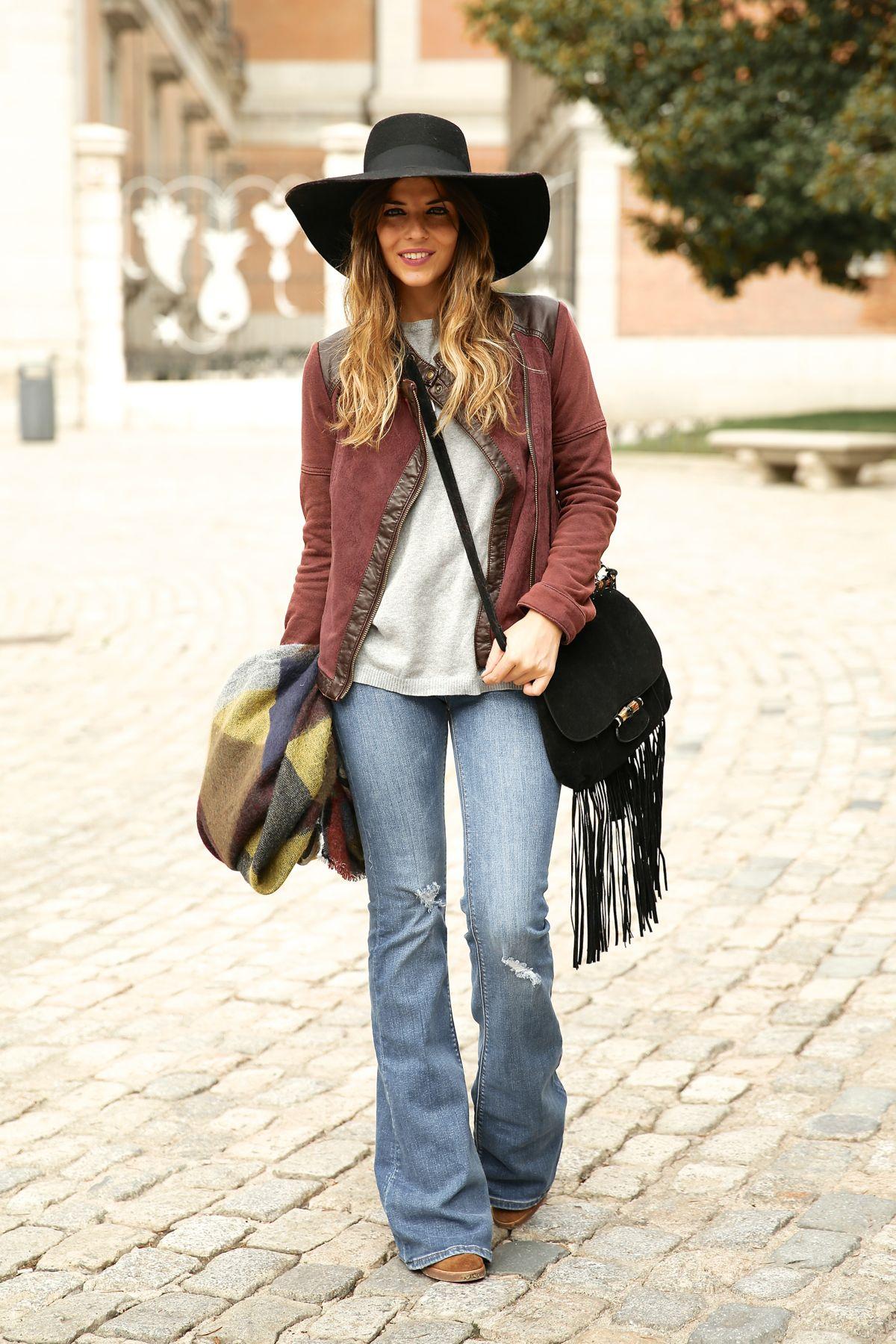 trendy_taste-look-outfit-street_style-ootd-blog-blogger-fashion_spain-moda_españa-AD-adolfo_dominguez-amaia_salamanca-boho-hippie-sombrero-hat-biker-flecos-fringes-7