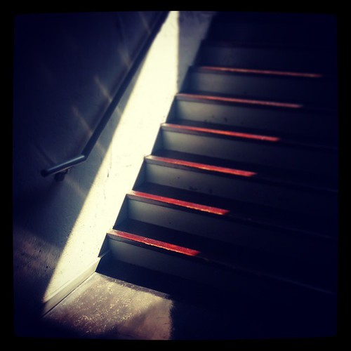 Sunlight in the stairwell @Deskey, part two...